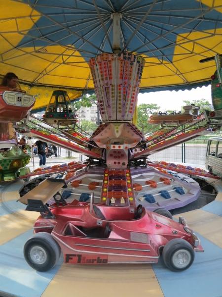 merry go round-01